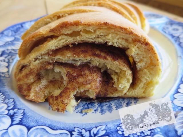 Brioche cinnamon roll bread